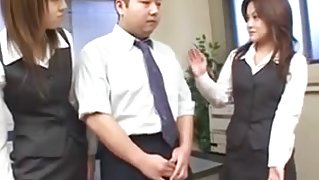 Two Japanese beauties pleasure lucky guy