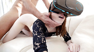 Alice Merchesi in Cheating Spinner Loves Big Dick - PervsOnPatrol