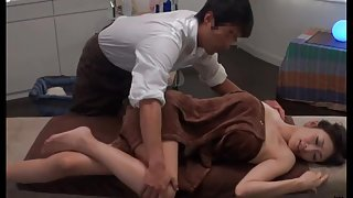 Japanese Oil Massage Salon