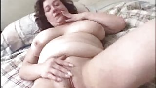 Sweet BBW Honey Sensual Masturbating