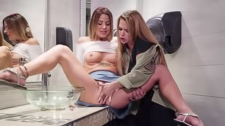 Amazing standing pussy eating with a lesbian cutie Evelin Stone