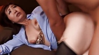 Japanese MILF attendant fucked in her hotel room