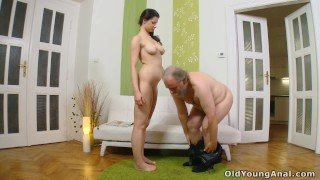 Hot babe with beautiful body gets her young asshole fucked by old man