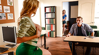 Alexis Fawx & Bailey Brooke & Danny D in College Dreams - Brazzers